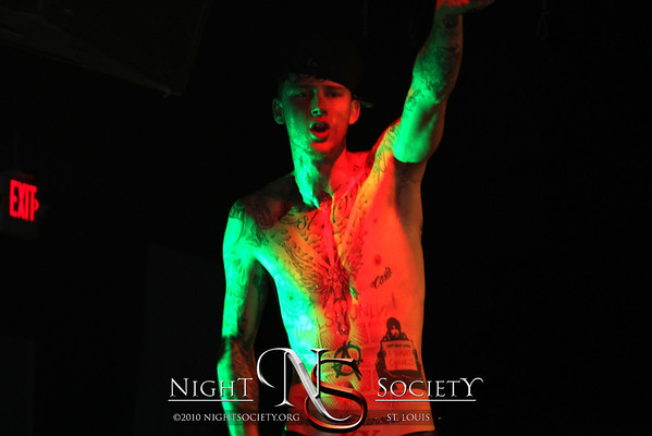 National recording artist Machine Gun Kelly performs live at the Coliseum. Photography by Nightsociety