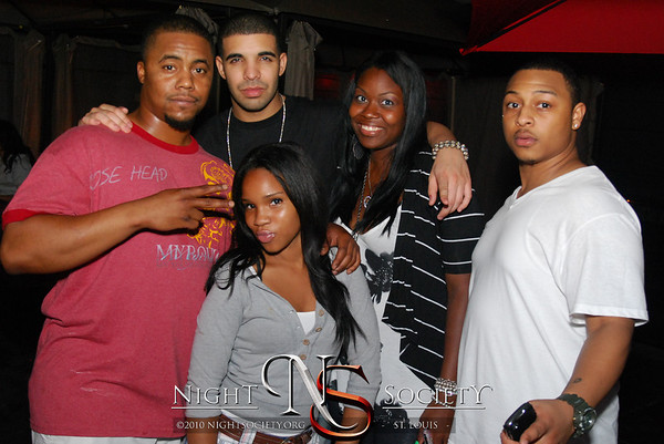 Open Bar Saturdays at The Label with Drake and Gucci Mane - Photo taken by J.E.