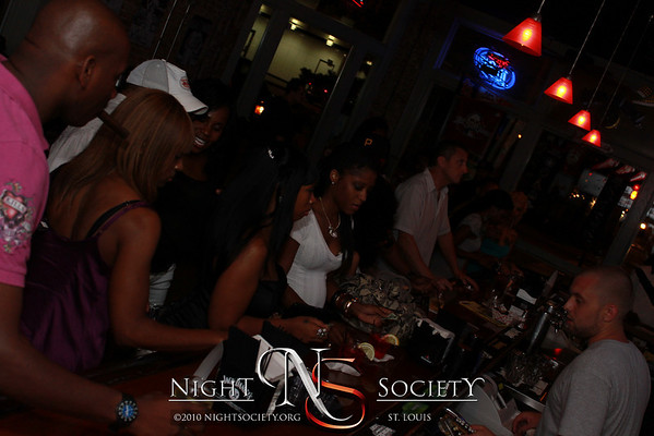 Open Bar Saturdays at The Label with Drake and Gucci Mane - Photo Taken by Maurice
