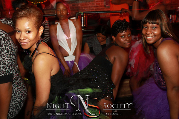 Saturday Night Live at The Label - photos taken by Maurice