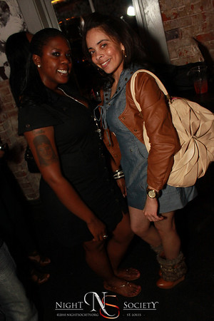 Sexy_As_U_Wanna_Be_Sundays_at_The_Label_02-27-11_029
