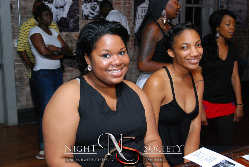 """SOULSESSIONS - """"The Remedy"""", spoken word, live band and more... every Tuesday at The Label. - Photo taken by J.E."""
