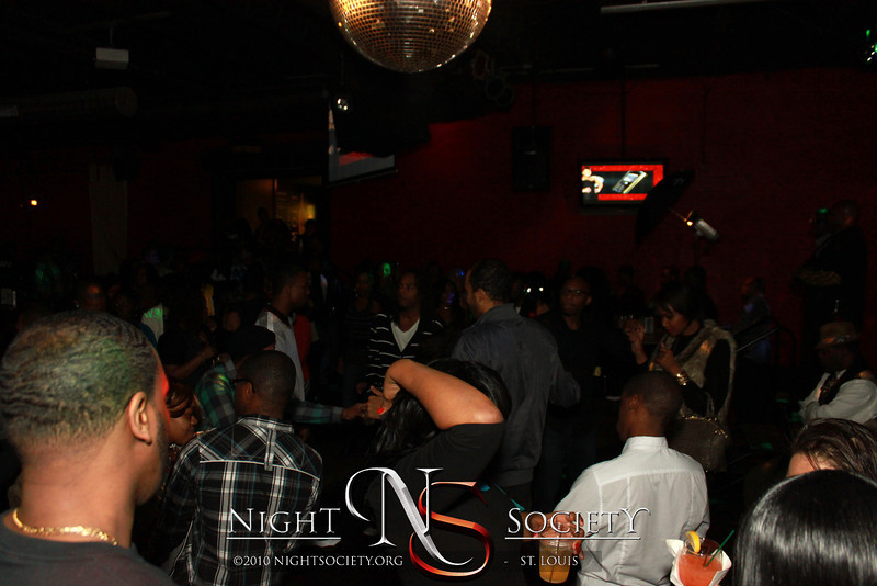 VH1's Love and Hip Hop celebrity Chrissy Lampkin Guest Host Saturday Night at the Loft. Photography by 90 Degree Concepts