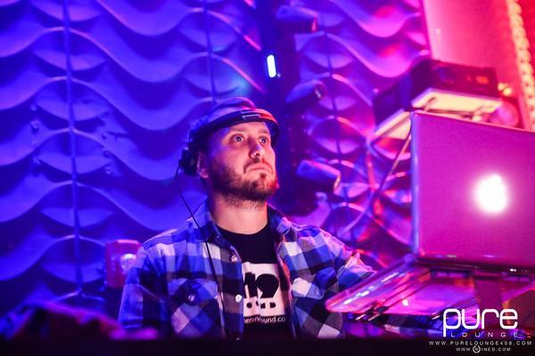 4/4 [DJ OB-ONE Live@Pure Lounge]