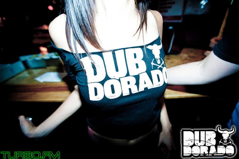 DubDorado15-4241