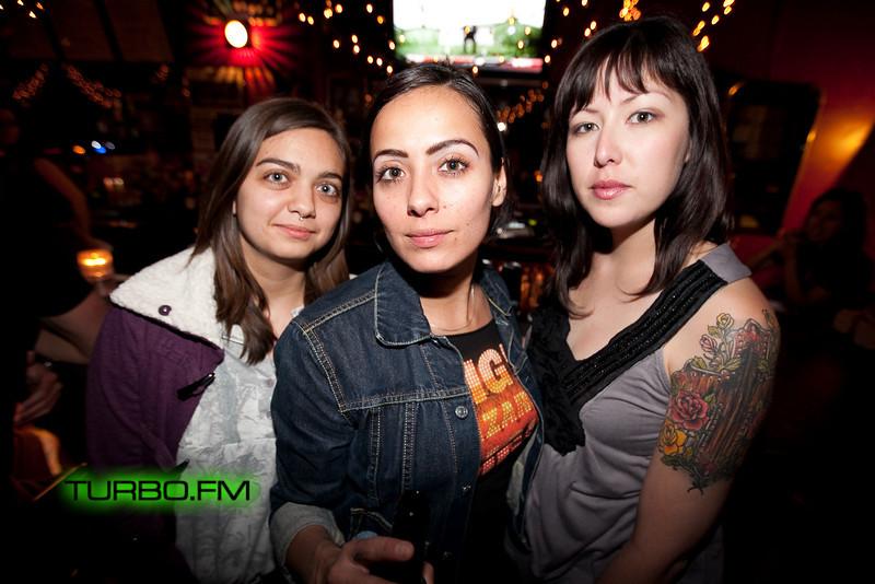 Acid Girls-100