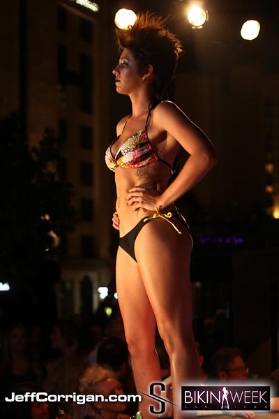 Bikini-Thurs-7-2-09-161