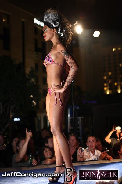 Bikini-Thurs-7-2-09-139