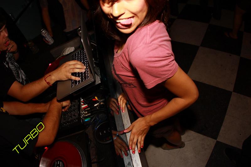 Beauty Bar 6-26-09-194