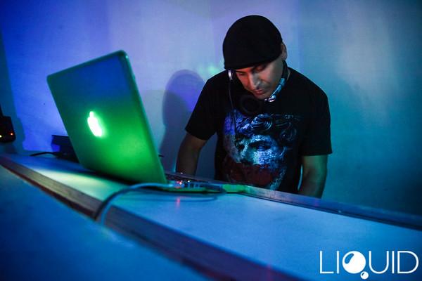 10/18 [Kafani & Ray J Live@Liquid Lounge]