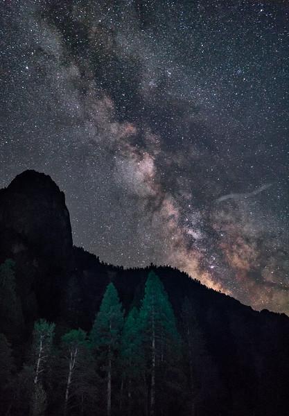 night sky in yosemite Valley