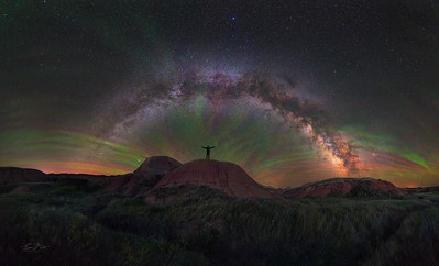 Starry Sky under vibrant Airglow