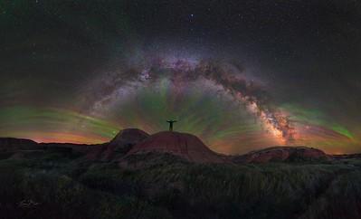 Starry Sky under vibrant Airglow