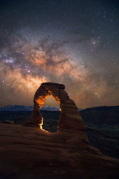 The Delicate Arch and the Milky Way.