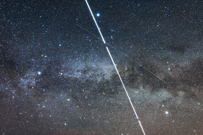Space Station Photobombs the Milky Way