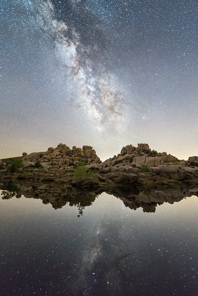 barker dam milky way reflections
