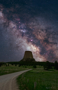 Devil's Tower Milky Way