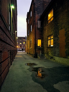 Day 327: Downtown Alley