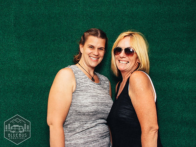 Gettin' our Nike #GTMSSUMMERSHINDIG on by snapping photos in the photo booth!  Looking for an awesome photo booth for your next event? Head to blueb.us for more info!