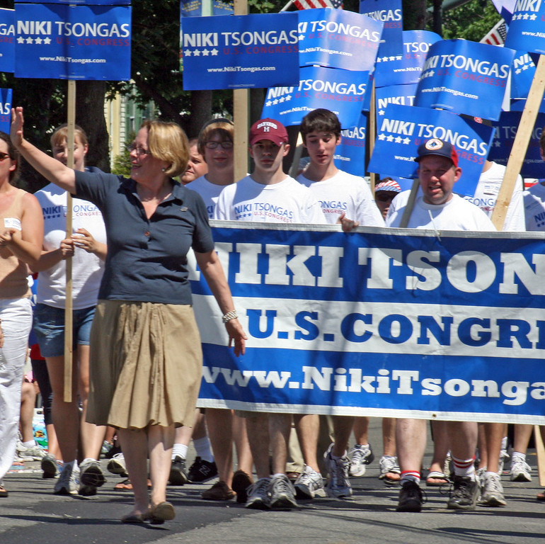 . Rep. Niki Tsongas marches in Chelmsford\'s Fourth of July Parade in 2010. SUN/ Angela Holohan