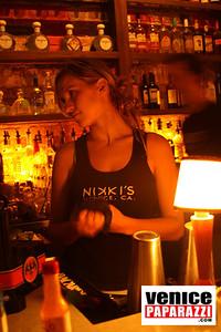 11 21 08  Nikki's 72 Market Street  www niikkivenice com  Photos by Venice Paparazzi (17)