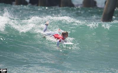 Nikon D4 Photos of Pro Surf Girl Lakey Peterson's  19.76 Record Heat!