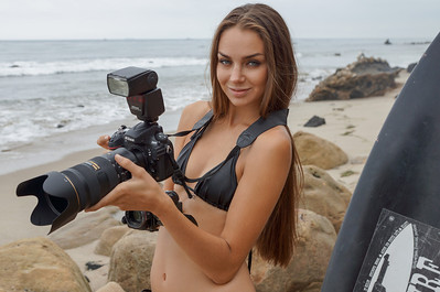 Goddess Shooting Stills & Video @ the Same Time with a Nikon D800 & Panasonic 3MOS Camcorder