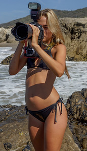 Goddess Shooting Stills & Video @ the Same Time with a Nikon D800 & Camcorder