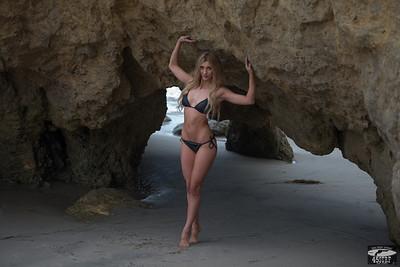 Nikon D800 Photos of Beautiful Blonde Swimsuit Bikini Model Goddess!