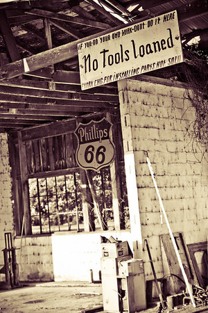 No Tools Loaned Some photos just scream for Black and White! These Mississippi Delta photos are no exception. Great southern buildings and architecture from our past and present. These signs were found throughout the delta.