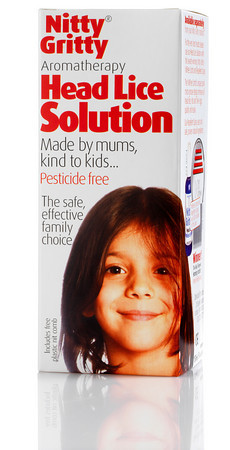 HIGH RES<br /> NITTY GRITTY HEAD LICE SOLUTION IN BOX AS ON A SHOP SHELF