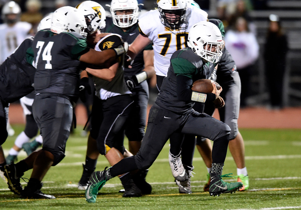 . LONGMONT, CO - OCTOBER 4, 2018: Niwot High School\'s Julian Molina runs for a touchdown during a game against Thompson Valley on Thursday at Longmont High School. More photos: BoCoPreps.com (Photo by Jeremy Papasso/Staff Photographer)