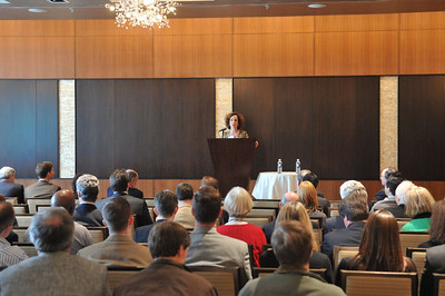 DSE937 Monica Sussman speaks at the Boston Roadshow