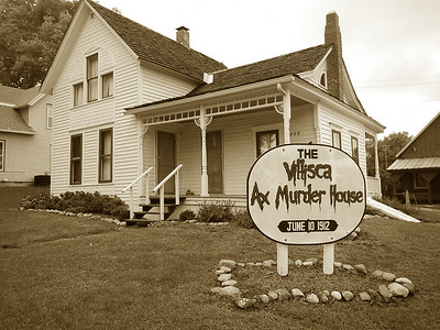 "No Bodys Darlin 411 Blog -Catagory _""Is My Camera Haunted"" --------------            Villisca Axe Murder House In Villisca,Iowa"
