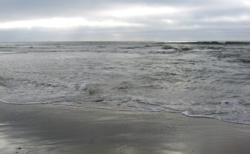 A gray day at the beach