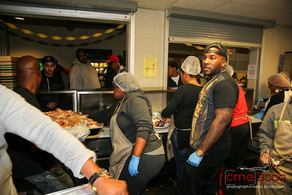 No Reservations Needed Food Drive  Atlanta Mission 2013 CME 3000015.jpg