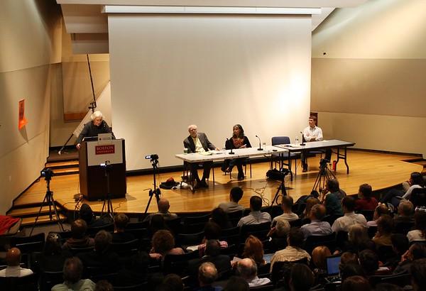 11.04.14 Noam Chomsky & Beena Sawar at Boston University