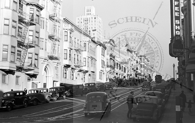 California St , view East from Hyde St.