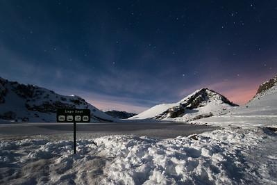 Lago Enol, (Covadonga) ASTURIAS. Luna en cuarto menguante.