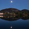Lune sur le Mont-St-Hilaire