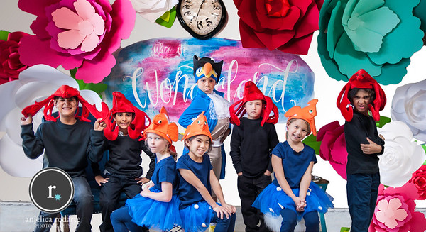 Alice In Wonderland Cast Costume