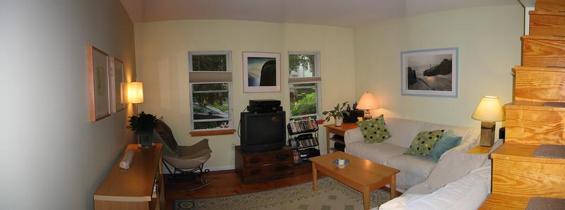 14 Living Room Pan