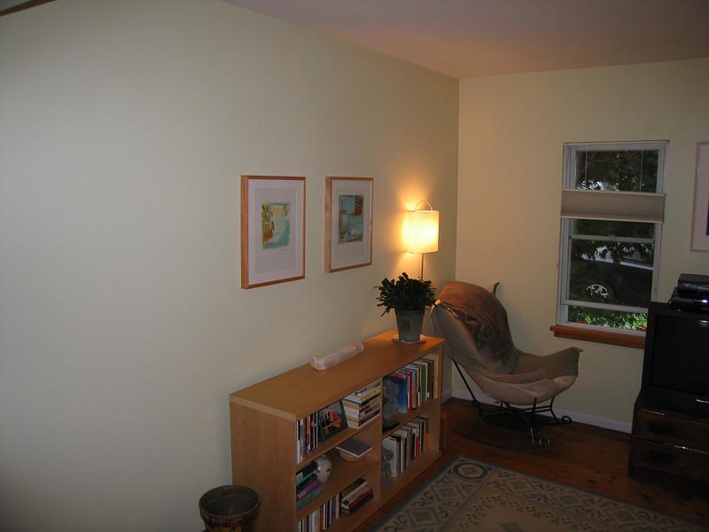 17 Living Room Single