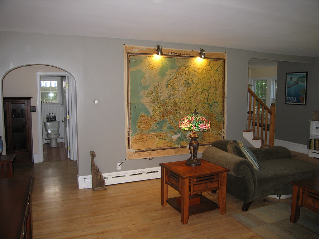 08 Living Room from Entrance