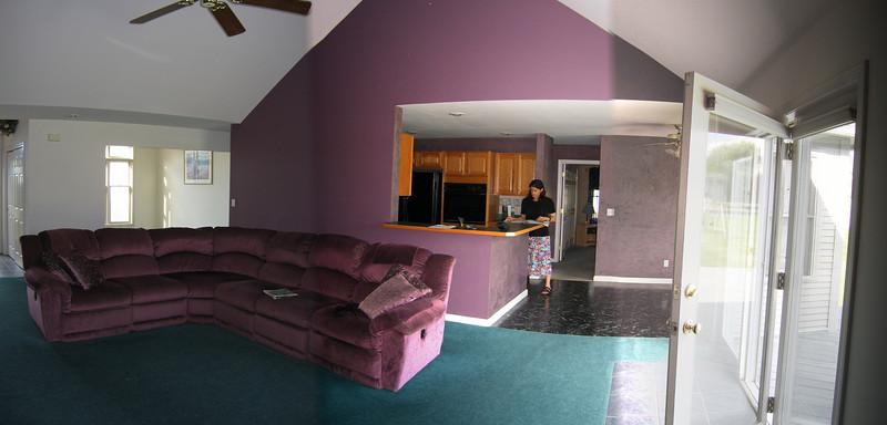 09 Great Room Pan Towards kitchen
