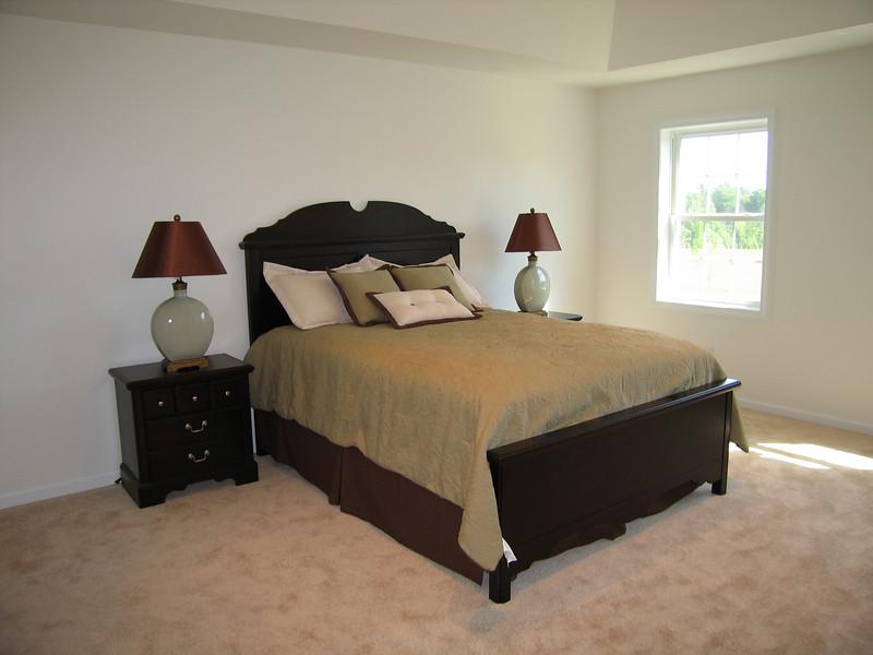 32 Bedroom Single