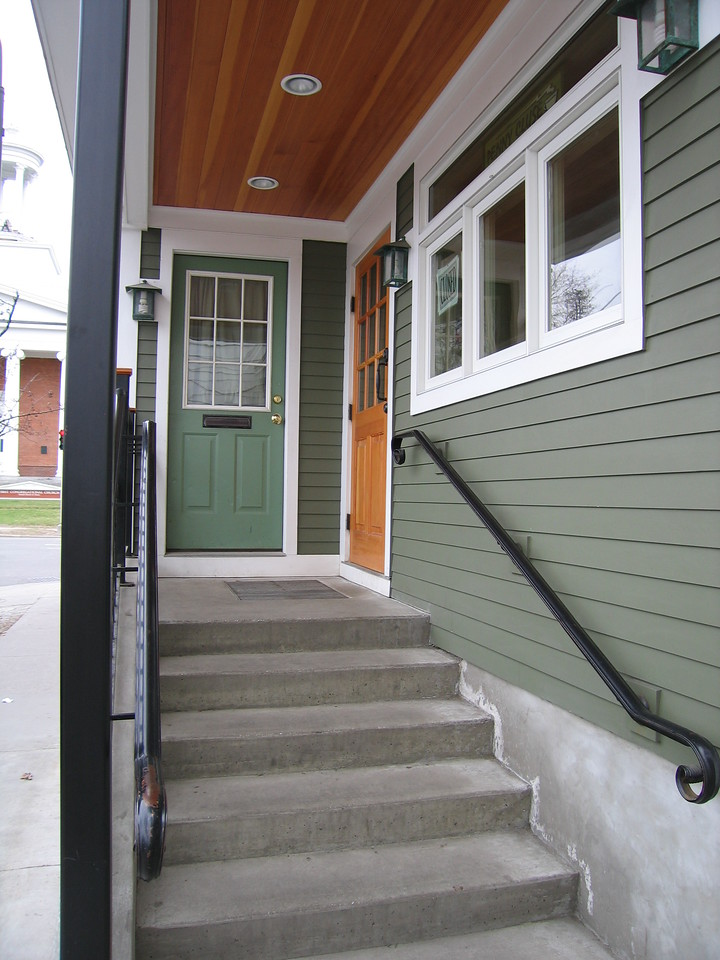 12 Penny Cluse, Entryway Detail