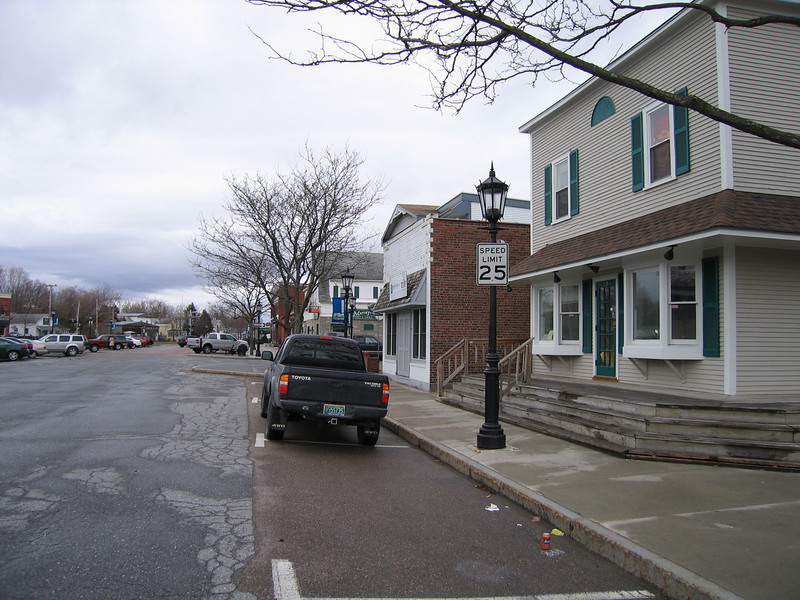 22 Central Beverage, Neighboring Street Looking South
