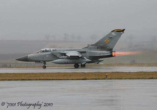 ZE983/'HL' (111 SQN marks) Tornado F.3.