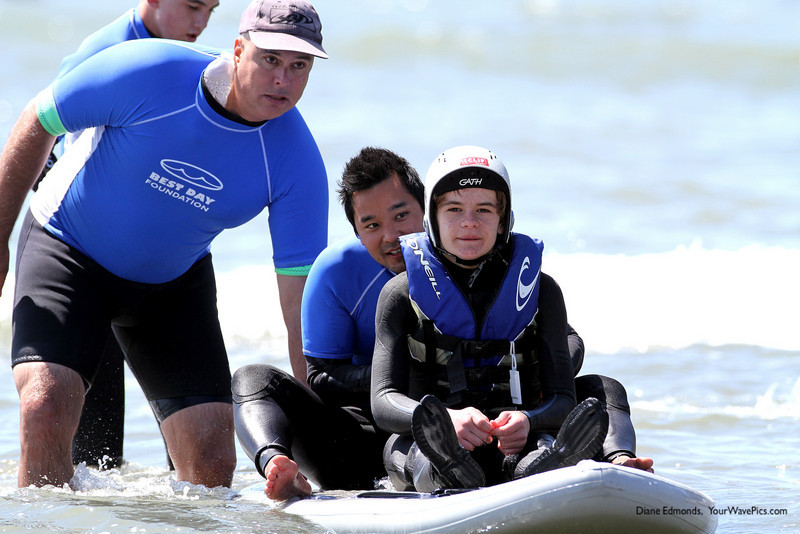 A8597 Sergei Belles goes for a paddle with Grant Kobayashi